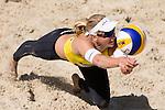 10.05.2015, Muenster, Schlossplatz<br /> smart beach tour, Supercup MŸnster / Muenster, Halbfinale<br /> <br /> Abwehr Marleen van Iersel<br /> <br />   Foto &copy; nordphoto / Kurth