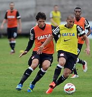 SÃO PAULO,SP, 26 Junho 2013 -  Emerson durante treino do Corinthians no CT Joaquim Grava na zona leste de Sao Paulo, onde o time se prepara  para o campeonato brasileiro. FOTO ALAN MORICI - BRAZIL FOTO PRESS