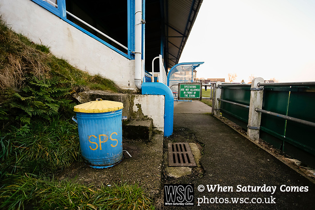 A bin in club colours at the Look Local Stadium. Stocksbridge Park Steels v Pickering Town, Evo-Stik East Division, 17th November 2018. Stocksbridge Park Steels were born from the works team of the local British Steel plant that dominates the town north of Sheffield.<br />