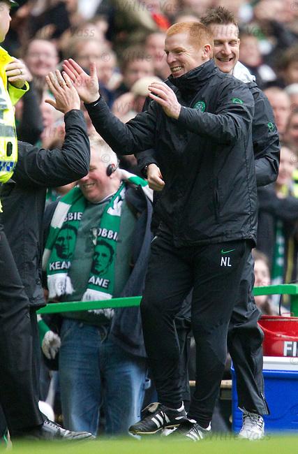 Neil Lennon celebrates as Robbie Keane scores for Celtic