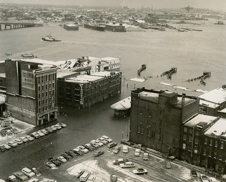 1962  March  07..Historical         ..FERRY TERMINAL..GARTHWAITE PHOTO ASSOCIATES.NEG# 251-6.961..