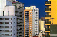 Predios de apartamentos no bairro Perdizes. Sao Paulo. 2017. Foto de Juca Martins.
