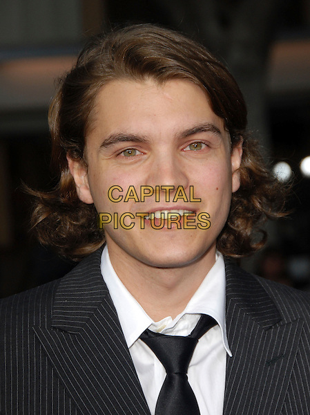 "EMILE HIRSCH .The Warner Brothers' Pictures L.A. Premiere of ""The Reaping"" held at The Mann Village Theatre in Westwood, California, USA..March 29th, 2007.headshot portrait.CAP/DVS.©Debbie VanStory/Capital Pictures"
