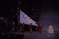 OLYMPIC GAMES: PYEONGCHANG: 09-02-2018, PyeongChang Olympic Stadium, Olympic Games, Opening Ceremony, Olympic flag, ©photo Martin de Jong