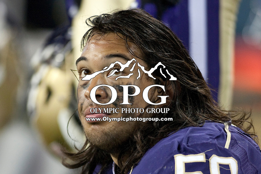 Sept 01, 2012:  Washington's #50 Thomas Tutogi against San Diego State.  Washington defeated San Diego State 21-12 at CenturyLink Field in Seattle, Washington...