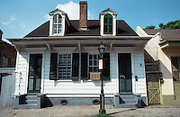New Orleans:  2 story house, 828 Orleans St.