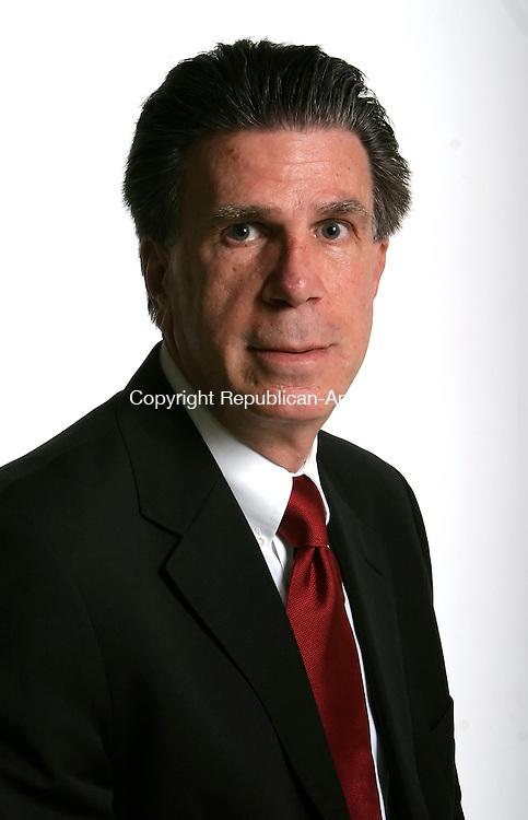 WATERBURY, CT - 18 OCTOBER 2005 -101805JS39--Peter Harlamon, candidate for Waterbury Board of Alderman.  --Jim Shannon / Republican-American--Peter Harlamon are CQ