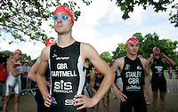 22 JUL 2007 - LONDON, UK - Fraser Cartmell - Corus Elite Triathlon Series. (PHOTO (C) NIGEL FARROW)
