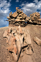 746000030 summer thunderstorm clouds form up over the hoodoos in fantasy canyon blm lands utah united states