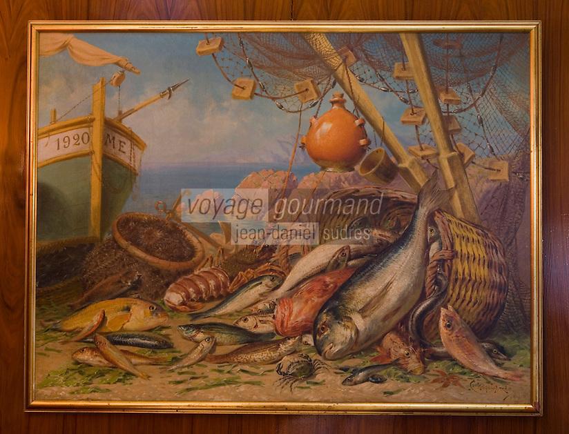 """Europe/France/Provence-Alpes-Côte d'Azur/13/Bouches-du-Rhône/Marseille: Restaurant """"Miramar"""" 12 quai du Port - détail d'un tableau des années 1960 représenatnt la Bouillabaisse"""