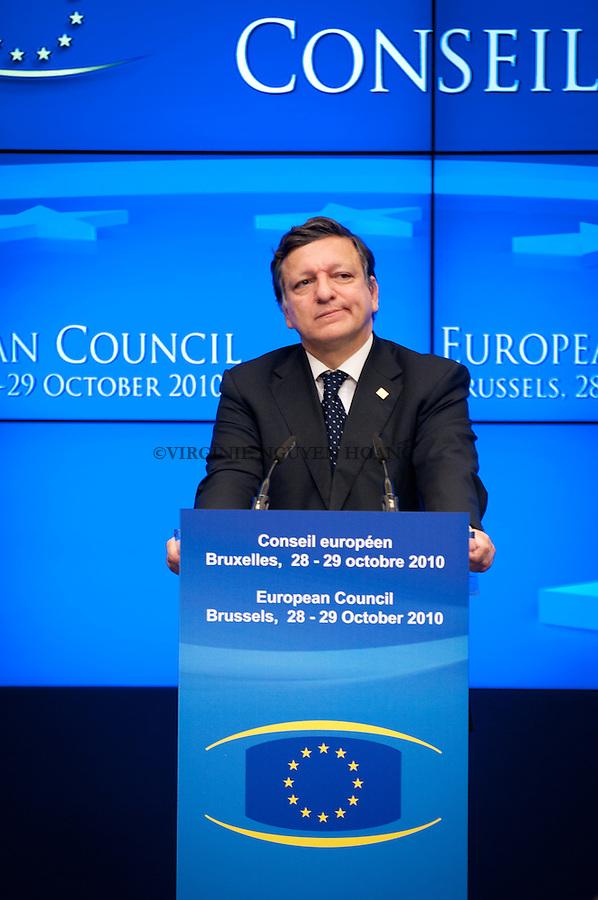 Jose Manuel Barrosso à la Conference de presse du Sommet européen à Bruxelles...Jose Manuel Barrosso t the presse conference of the European summit in Brussels.