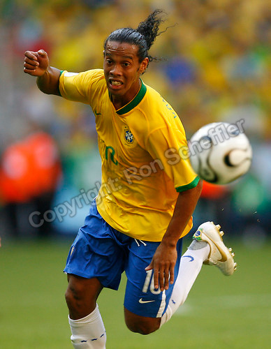 Jun 18, 2006; Munich, GERMANY; Brazil midfielder (10) Ronaldinho against Australia in first round Group F action of the 2006 FIFA World Cup at FIFA World Cup Stadium Munich. Brazil defeated Australia 2-0. Mandatory Credit: Ron Scheffler-US PRESSWIRE Copyright © Ron Scheffler.