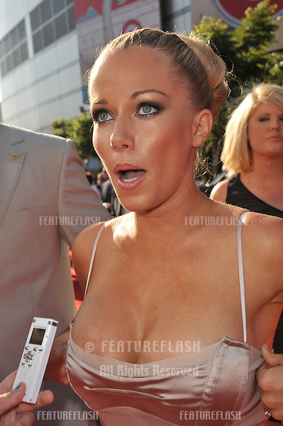 Kendra Wilkinson at the 2011 ESPY Awards at the Nokia Theatre LA Live in downtown Los Angeles..July 13, 2011  Los Angeles, CA.Picture: Paul Smith / Featureflash