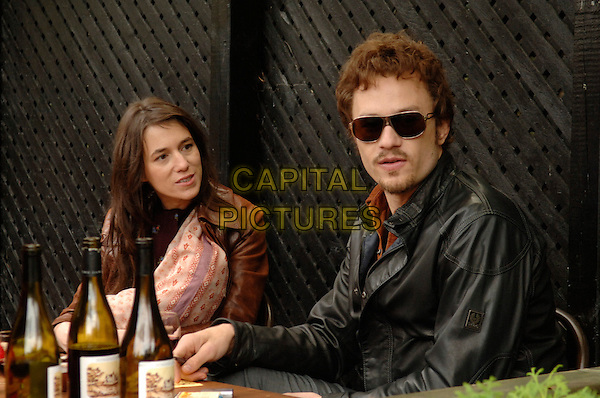 CHARLOTTE GAINSBOURG & HEATH LEDGER.in I'm Not There. .*Filmstill - Editorial Use Only*.CAP/PLF.Supplied by Capital Pictures.