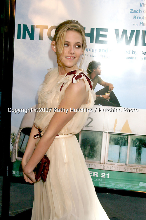 """Kristen Stewart.""""Into the Wild"""" Los Angeles Premiere.Director's Guild of America .Los Angeles,  CA.September 18, 2007.©2007 Kathy Hutchins / Hutchins Photo...               ."""