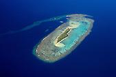 Ilot Nouaré, lagon Sud entre l'Ile des Pins et la Grande Terre. Ilot faisant partie des sites classés au Patrimoine Mondial de l'Humanité (UNESCO)