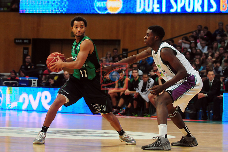 League ACB-Endesa 2014/2015 - Game: 06.<br /> FIATC Joventut vs Unicaja: 82-74.<br /> Clevin Hannah vs Morayo Soluade.