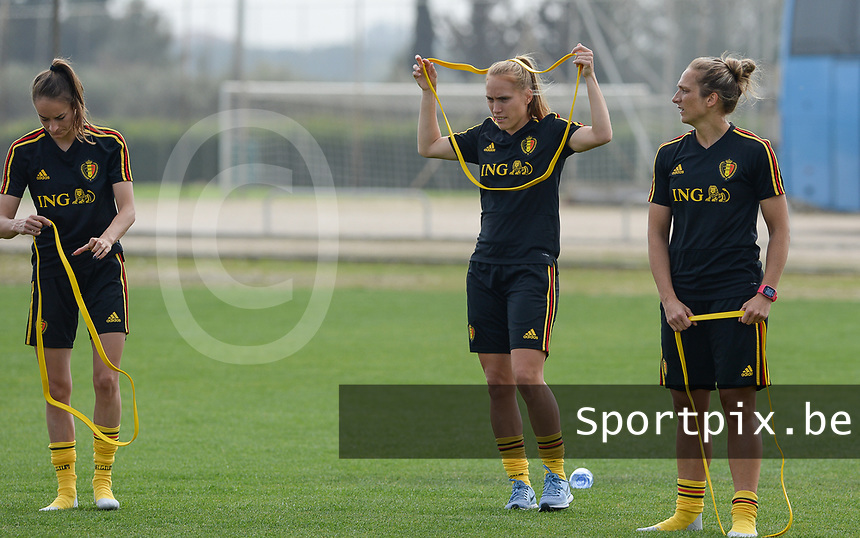 20180306 - LARNACA , CYPRUS :  Belgian Tessa Wullaert , Janice Cayman and Maud Coutereels (r) pictured during a Matchday -1 training from The Belgian Red Flames prior to their game against South Africa , on tuesday 6 March 2018 at the Alpha Sports Grounds in Larnaca , Cyprus . This will be the final game for Belgium during the Cyprus Womens Cup for a battle for the 5th place , a prestigious women soccer tournament as a preparation on the World Cup 2019 qualification duels. PHOTO SPORTPIX.BE | DAVID CATRY
