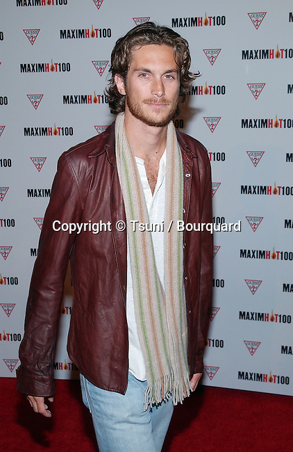 Oliver Hudson arriving at the HOT 100 party organize by Maxim  at Yamashiro restaurant in Los Angeles. April 25, 2002.           -            HudsonOliver02AA.jpg
