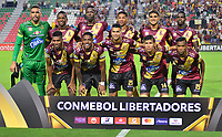 IBAGUE -COLOMBIA, 05-03-2019: Jugadores del Tolima posan para una foto previo al partido por la fecha 1, grupo G, de la Copa CONMEBOL Libertadores 2019 entre Deportes Tolima de Colombia y Athletico Paranaense de Brasil jugado en el estadio Manuel Murillo Toro de la ciudad de Ibagué. / Players of Tolima pose to a photo prior match for the date 1, grupo G, as part of Copa CONMEBOL Libertadores 2019 between Deportes Tolima and Athletico Paranaense of Brazil played at Manuel Murillo Toro stadium in Ibague. Photo: VizzorImage / Juan Carlos Escobar / Cont