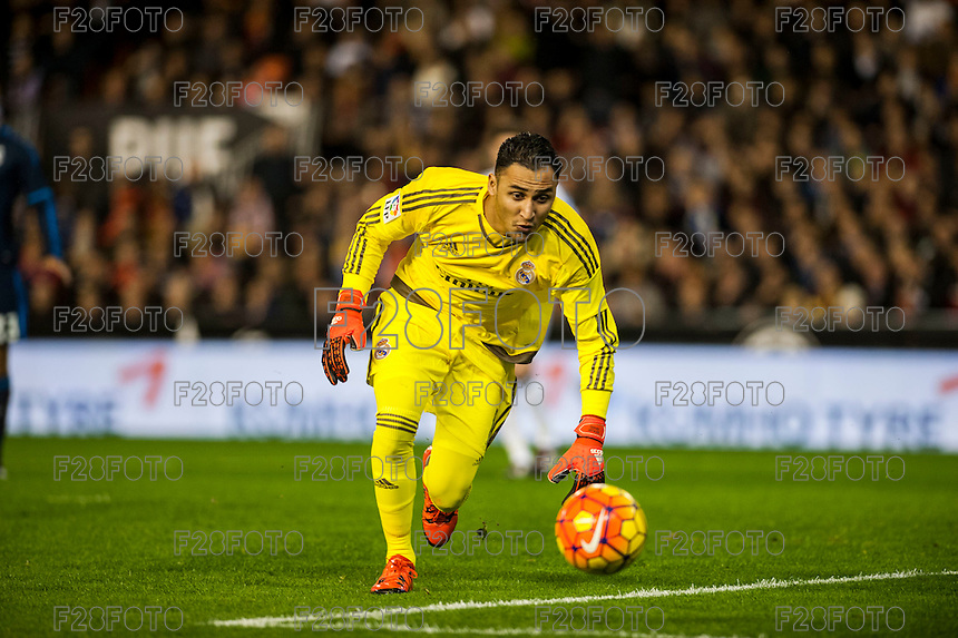 VALENCIA, SPAIN - JANUARY 3: Navas during BBVA LEAGUE match between Valencia C.F. and Real Madrid at Mestalla Stadium on January 3, 2015 in Valencia, Spain