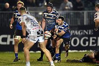 Max Green of Bath Rugby passes the ball. Premiership Rugby Cup match, between Bath Rugby and Gloucester Rugby on February 3, 2019 at the Recreation Ground in Bath, England. Photo by: Patrick Khachfe / Onside Images