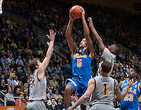 Kyle Anderson of UCLA shoots the ball during the game against California at Haas Pavilion in Berkeley, California on February 19th, 2014.  UCLA defeated California, 86-66.