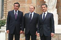 FRENCH PRIME MINISTER FRANCOIS FILLON, SILVIO BERLUSCONI AND NICOLAS SARKOZY.Roma 26/04/2011 Vertice Italo-Francese a Villa Madama. Italian-French Summit..Photo Samantha Zucchi Insidefoto