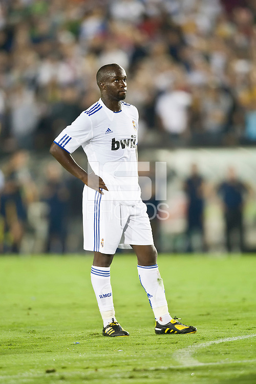 Real midfielder Lassana Diarra (10) during the second half of the friendly game between LA Galaxy and Real Madrid at the Rose Bowl in Pasadena, CA, on August 7, 2010. LA Galaxy 2, Real Madrid 3.