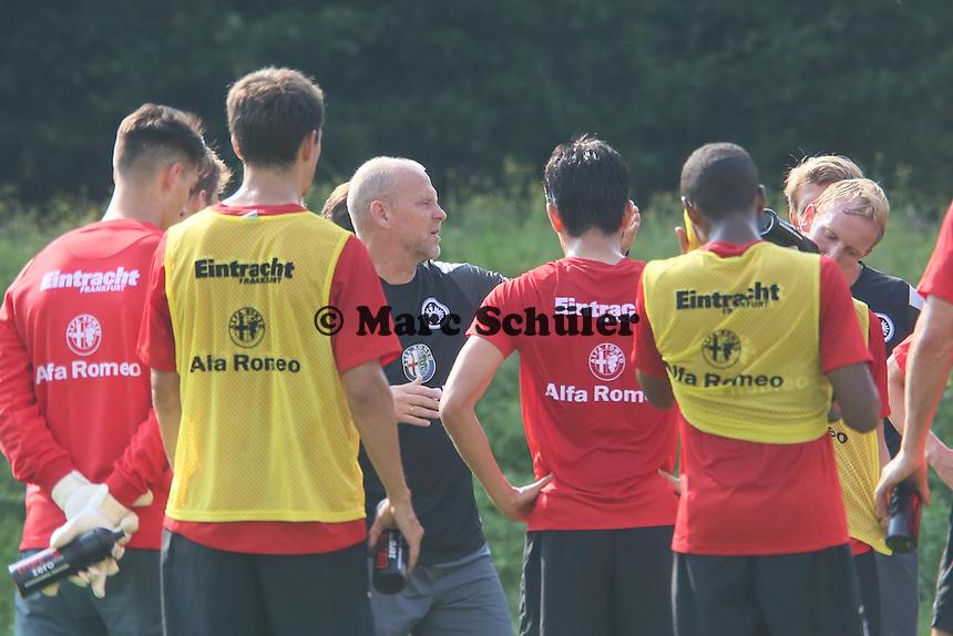 Ansprache von Trainer Thomas Schaaf (Eintracht)