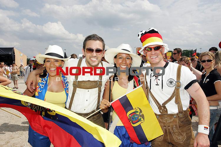 FIFA WM 2006 -  Fan Fest Nuernberg<br /> <br /> Volksfestplatz (ca. 25 000 Zuschauer)<br /> <br /> <br /> <br /> Deutschland - Ecuador<br /> <br /> <br /> <br /> Denise Galiano 23, Florian Hatib 22, Michelle Galiano 21 und Timo Vitzthum 25 aus Bayern und Ecuador.<br /> <br /> <br /> <br /> <br /> <br /> Foto: nordphoto