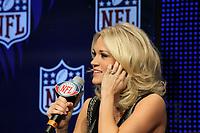 S&auml;ngerin Carrie Underwood wird die Nationalhymne singen<br /> Entertainment Pressekonferenzen, Super Bowl XLIV Pressekonferenzen *** Local Caption *** Foto ist honorarpflichtig! zzgl. gesetzl. MwSt. Auf Anfrage in hoeherer Qualitaet/Aufloesung. Belegexemplar an: Marc Schueler, Alte Weinstrasse 1, 61352 Bad Homburg, Tel. +49 (0) 151 11 65 49 88, www.gameday-mediaservices.de. Email: marc.schueler@gameday-mediaservices.de, Bankverbindung: Volksbank Bergstrasse, Kto.: 52137306, BLZ: 50890000