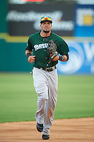 Daytona Tortugas center fielder Jonathan Reynoso (40) jogs to the dugout during a game against the Brevard County Manatees on August 14, 2016 at Space Coast Stadium in Viera, Florida.  Daytona defeated Brevard County 9-3.  (Mike Janes/Four Seam Images)