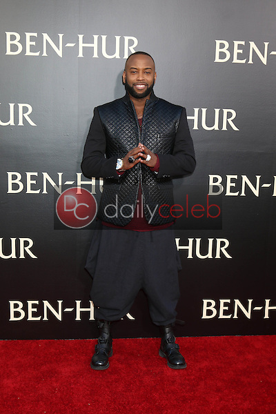 B.Slade<br /> at the &quot;Ben-Hur&quot; Premiere, TCL Chinese Theater IMAX. Hollywood, CA 08-16-16<br /> David Edwards/DailyCeleb.com 818-249-4998