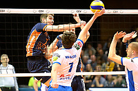 GRONINGEN - Volleybal , Lycurgus - Orion, finale playoff 5, seizoen 2018-2019, 12-5-2019,  Orion speler Pim Kamps slaat de bal langs Lycurgus speler Frits van Gestel