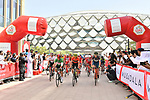 The start of Stage 5 the Al Ain Water Stage of the UAE Tour 2020 running 162km from Al Ain to Jebel Hafeet, Dubai. 27th February 2020.<br /> Picture: LaPresse/Massimo Paolone | Cyclefile<br /> <br /> All photos usage must carry mandatory copyright credit (© Cyclefile | LaPresse/Massimo Paolone)