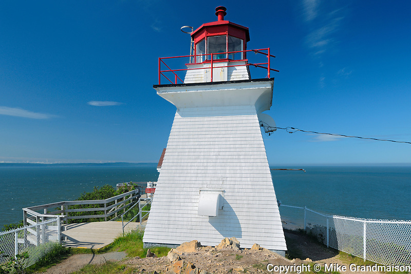 Lighthouse on Chignecto Bay <br /> Cape Enrage<br /> New Brunswick<br /> Canada