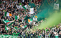 :: CELTIC FANS LET OF FLARES  ::