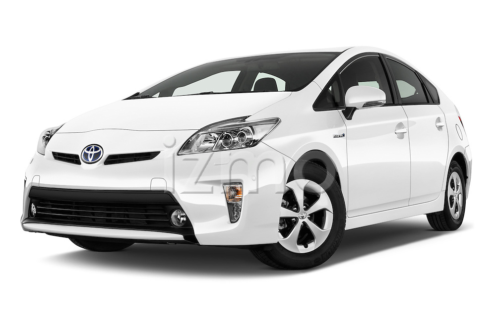Stock pictures of low aggressive front three quarter view of 2015 Toyota Prius Comfort 5 Door Hatchback Low Aggressive