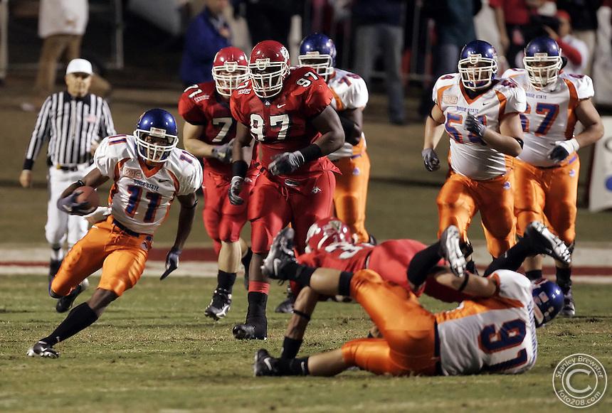 Fresno, CA. 11-10-05. Boise State vs.Fresno State inFresno California. Fresno State won 27-7.