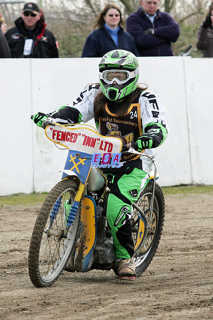 TFS CHARITY DAY<br /> Sittingbourne Speedway Sunday 27th Feb 2011