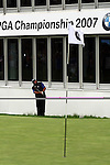 Angel Cabrera chip shot to the 18th in the third round of the BMW PGA Championship on the 26th of May 2007 at the Wentworth Golf Club, Surrey, England. (Photo by Manus O'Reilly/NEWSFILE)