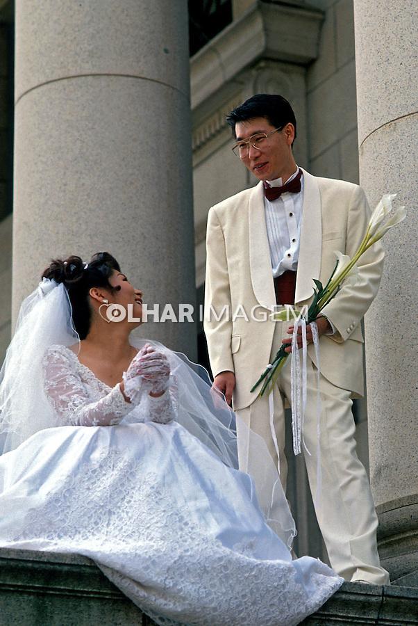 Casal de noivos em Seul, Coréia do Sul. 1999. Foto de Ricardo Azoury.
