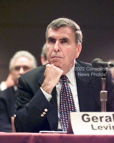 """Gerald Levin, Chairman and CEO, Time Warner, Inc. testifies at the """"En Banc"""" hearing before the U.S. Federal Communications Commission on America OnLine, Inc. and Time Warner, Inc. applications for transfer of control of broadcast licenses as part of their proposed merger in Washington, DC on 27 July, 2000..Credit: Ron Sachs / CNP"""