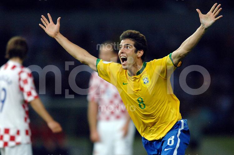 Fussball WM 2006  Gruppenspiel  Vorrunde Gruppe F Spiel 11 Brasilien - Kroatien Brasil - Croatia KAKA (BRA) bejubelt sein Tor zum 1:0