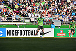 Jeonbuk Hyundai Motors vs Pohang Steelers during the 2014 AFC Champions League Round of 16 1st Leg match on May 06, 2014 at the Jeonju World Cup Stadium in Jeonju, Korea Republic. Photo by World Sport Group