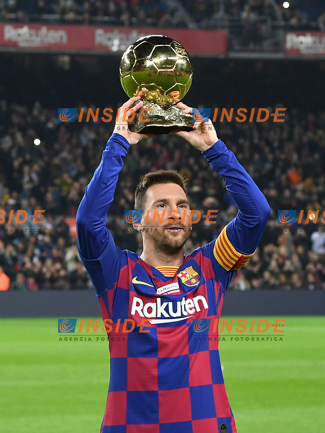 Lionel Messi con il pallone d'oro <br /> 07/12/2019 <br /> Barcelona - Maiorca<br /> Calcio La Liga 2019/2020 <br /> Photo Paco Largo Panoramic/insidefoto <br /> ITALY ONLY