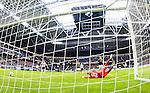 ***BETALBILD***  <br /> Stockholm 2015-07-30 Fotboll Kval Uefa Europa League  AIK - Atromitos FC :  <br /> AIK:s m&aring;lvakt Patrik Carlgren sl&auml;pper in 0-2 m&aring;let under matchen mellan AIK och Atromitos FC <br /> (Foto: Kenta J&ouml;nsson) Nyckelord:  AIK Gnaget Tele2 Arena UEFA Europa League Kval Kvalmatch Atromitos FC Grekland Greece depp besviken besvikelse sorg ledsen deppig nedst&auml;md uppgiven sad disappointment disappointed dejected