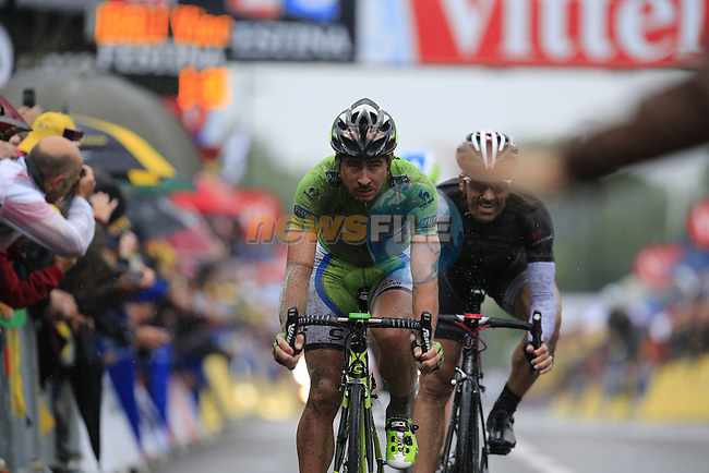 Peter Sagan (SVK) Cannondale and Fabian Cancellara (SUI) Trek Factory Racing cross the finish line together in Arenberg at the end of Stage 5 of the 2014 Tour de France running 155.5km from Ypres to Arenberg. 9th July 2014.<br /> Picture: Eoin Clarke www.newsfile.ie