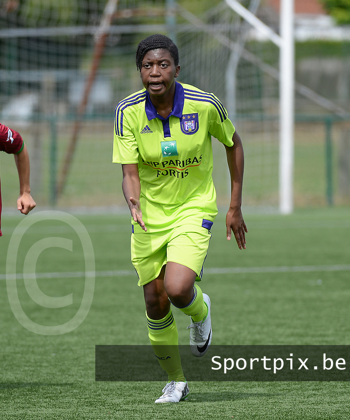 20150808 - ZULTE , BELGIUM : Anderlecht's Henriette Awete pictured during a friendly soccer match between the women teams of Zulte-Waregem and RSC Anderlecht  , during the preparations for the 2015-2016 SUPERLEAGUE season, Saturday 8 August 2015 . PHOTO DAVID CATRY